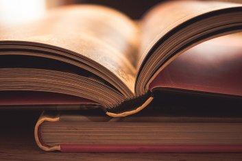 Książka, publikacja, czasopismo - wydawanie